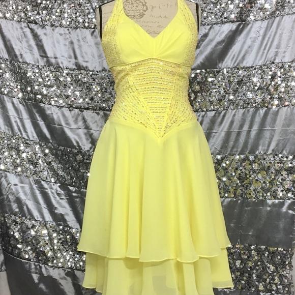 Yellow Short Formal Dresses